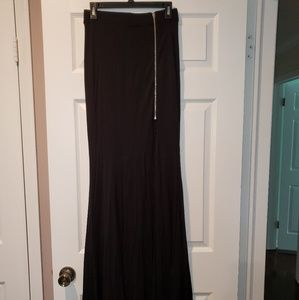 NWOT Bebe zipper slit maxi skirt